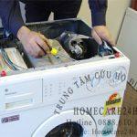 Khi máy giặt bị lỗi, chúng ta phải làm gì trước khi gọi thợ