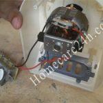 Nút bấm chọn tốc độ của máy xay sinh tố
