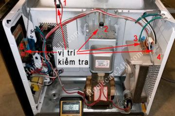 Lò vi sóng bị mất nguồn, hãy tham khảo cách xử lý trước khi gọi thợ