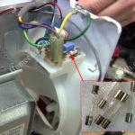 Cầu chì lò vi sóng, kiểm tra và thay thế khi mất nguồn