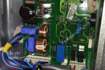 Tủ lạnh bị chập điện, kiểm tra một số thiết bị để thay thế