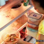 Tại sao tủ lạnh để lâu không dùng có mùi hôi